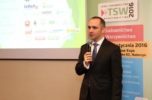 Paweł Kocel z firmy Timac Agro