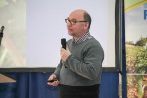 dr hab. Paweł Wójcik, prof. IO mówił o nawożeniu truskawek