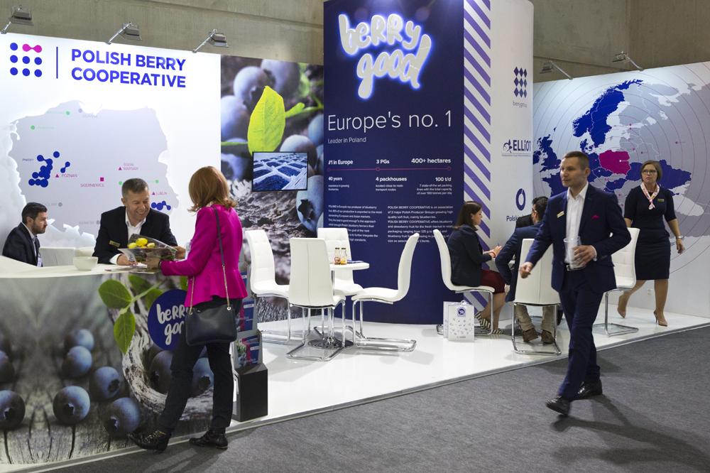 Ogromne wrażenie na gościach z Europy i świata zrobiło stoisko polskich producentów borówek