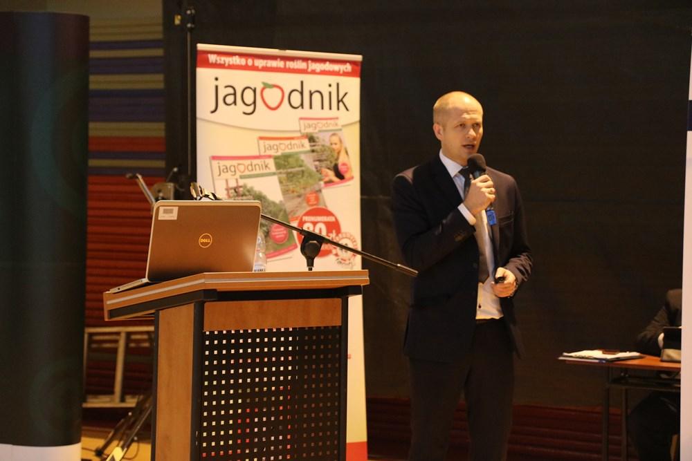 Krzysztof Oksentowicz z Timac Agro omówił zasady właściwego nawożenia plantacji krzewów jagodowych