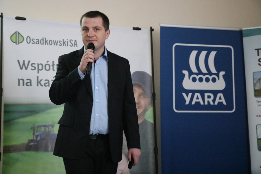 Albert Zwierzyński otwiera konferencję