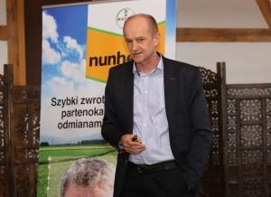 Krzysztof Zachaj z firmy Agrosimex, który omówił nawożenie krzewów jagodowych w warunkach stresu klimatycznego