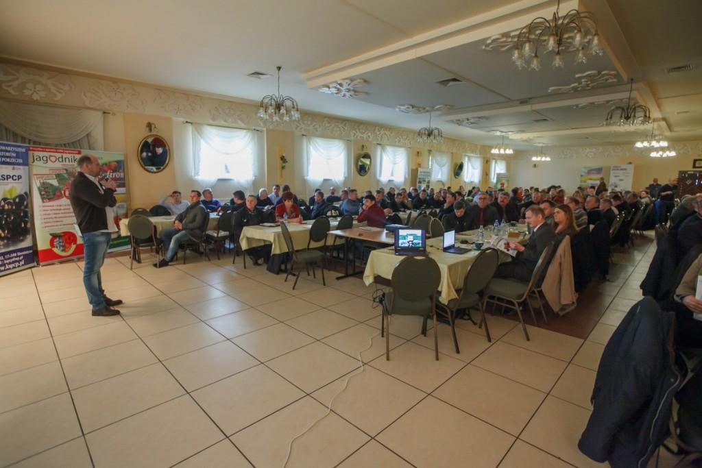 W spotkaniu uczestniczyło koło 250 osób