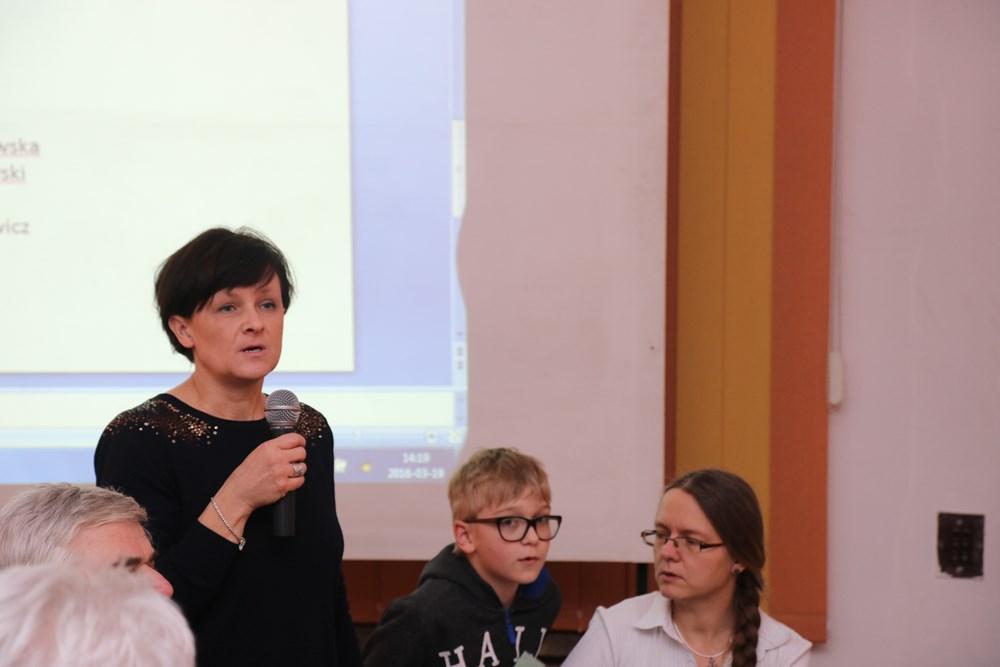 Dr Edyta Górska-Drabik mówiła o szkodnikach aronii
