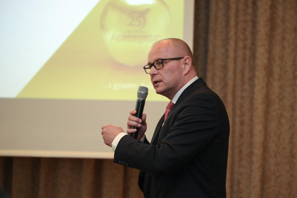 Marcin Dzieniakowski przekazał informację o możliwościach zwalczania ślimaków