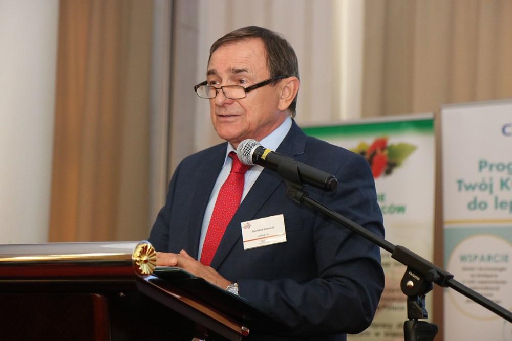 Prezes Krajowego Stowarzyszenia Przetwórców Owoców i Warzyw Stanisław Adamiak