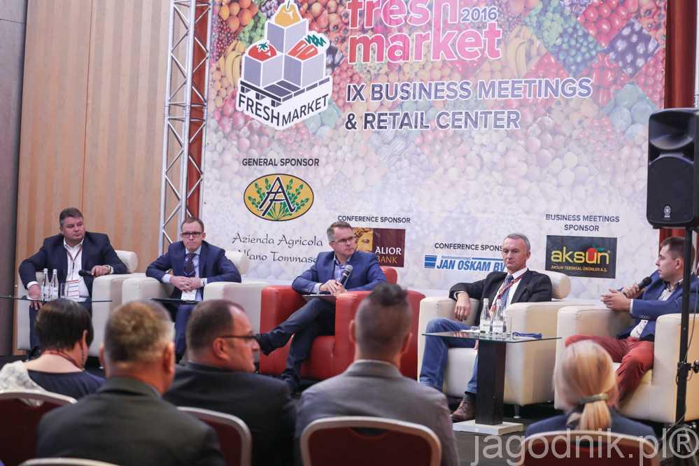 Debata na temat sprzedaży świeżych owoców i warzyw na krajowym rynku