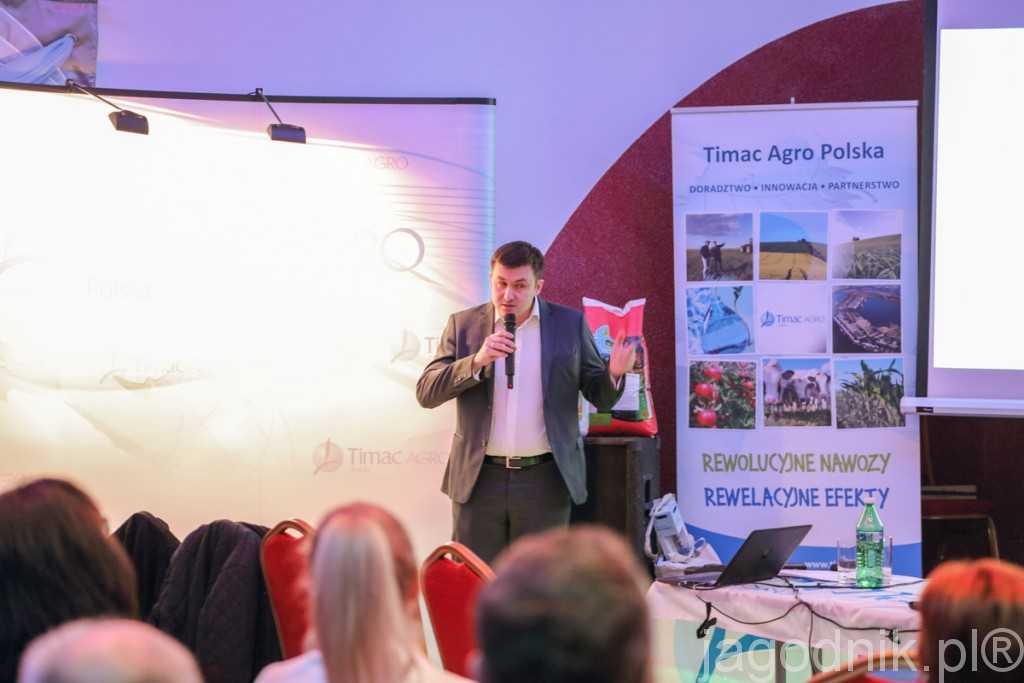 Łukasz Peroń, informował o nowych nawozach do fertygacji